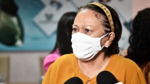 """Após casos de covid subirem no rn, fátima faz apelo: """"não relaxem, usem máscaras"""""""