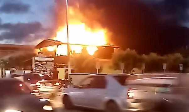 Incêndio atinge restaurante em extremoz