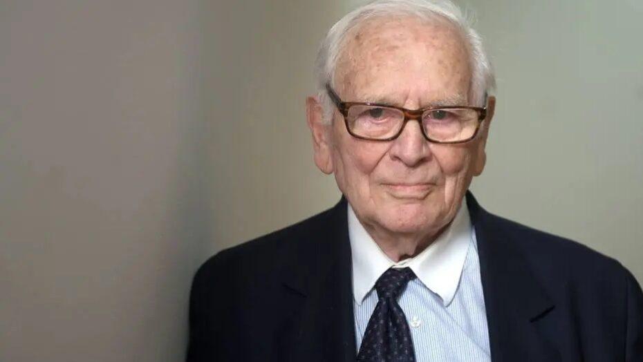 Morre o estilista francês pierre cardin, ícone da moda, aos 98 anos