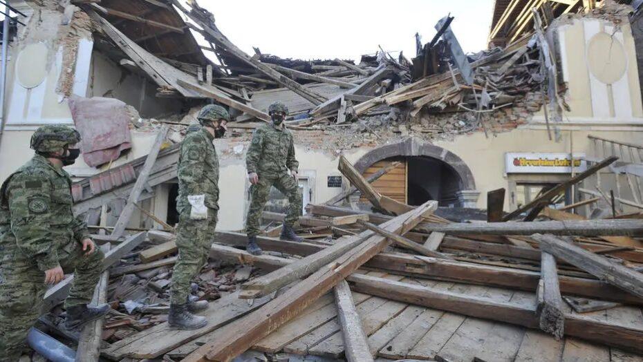 Terremoto de magnitude 6,4 provoca morte e destruição na croácia