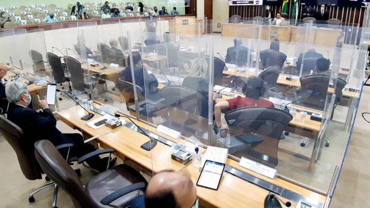 Deputados aprovam pec da emenda impostiva com mais autonomia aos municípios