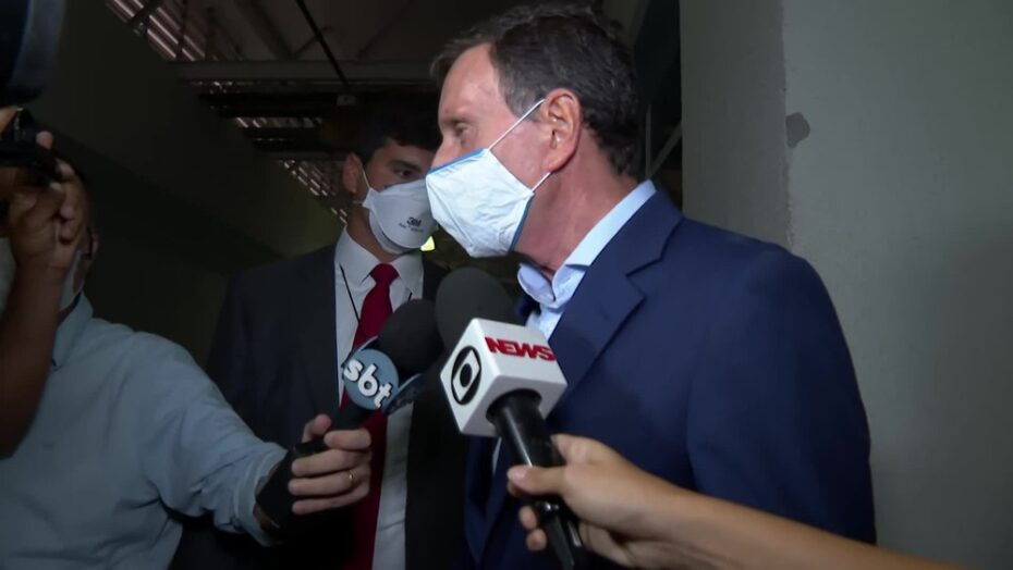 Após ser preso, prefeito marcelo crivella fala em 'perseguição política' e diz que espera 'justiça'