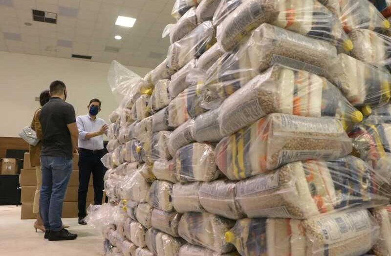 Campanha natalina do governo e da assurn distribui 47 toneladas de alimentos