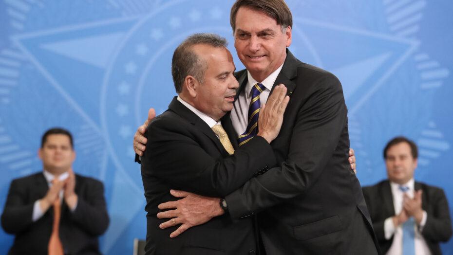 Bolsonaro insinua que haver corrupção no ministério de rogério marinho