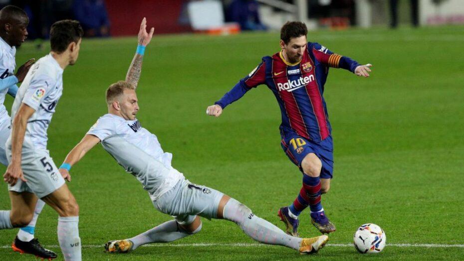 Messi faz gol histórico, iguala pelé, mas barcelona empata com o valencia em casa