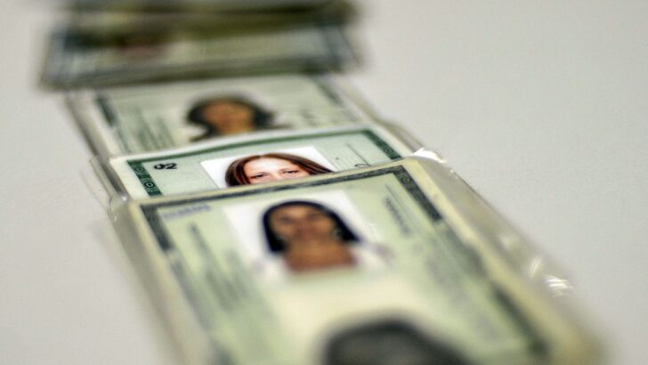 Saiba o que fazer e aonde ir para emitir sua carteira de identidade