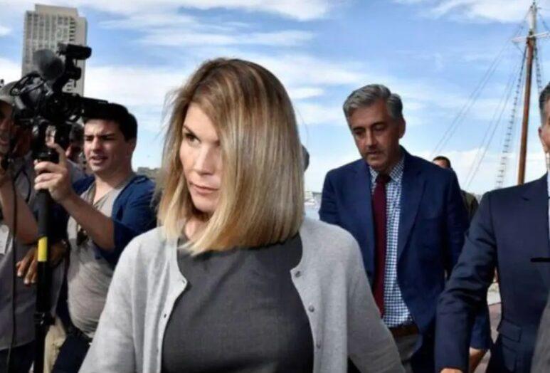 Atriz de full house é solta após cumprir pena de prisão por escândalo de faculdades