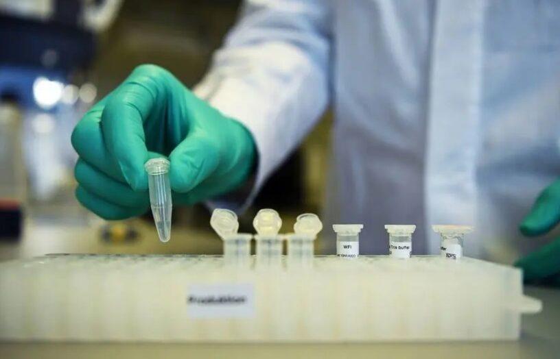 Médico defende pesquisa de vacinas contra covid-19 e alerta para risco nas festas