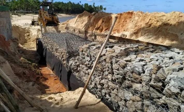 Chefe do ibama na bahia cita tragédia em falésias do rn para justificar obras em praia de tartarugas