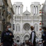 França abre investigação contra 76 mesquitas suspeitas de fomentar o extremismo