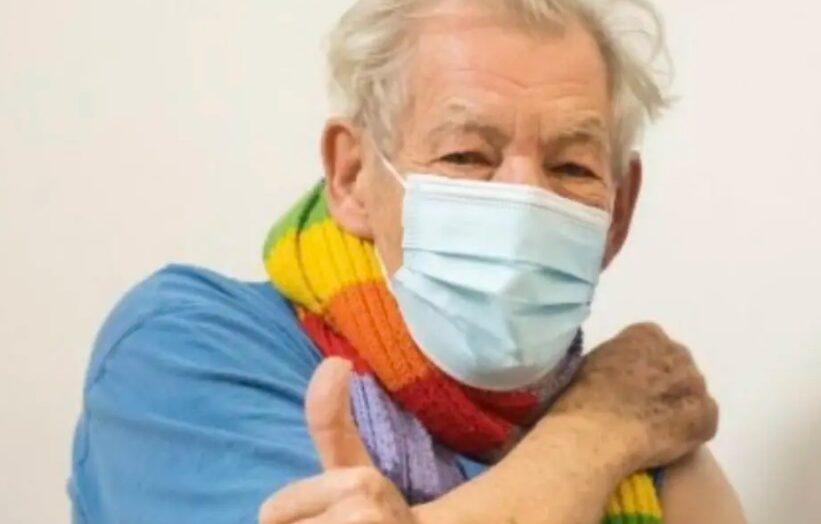 Ian mckellen, de 'senhor dos anéis', é a primeira personalidade a receber vacina contra covid-19