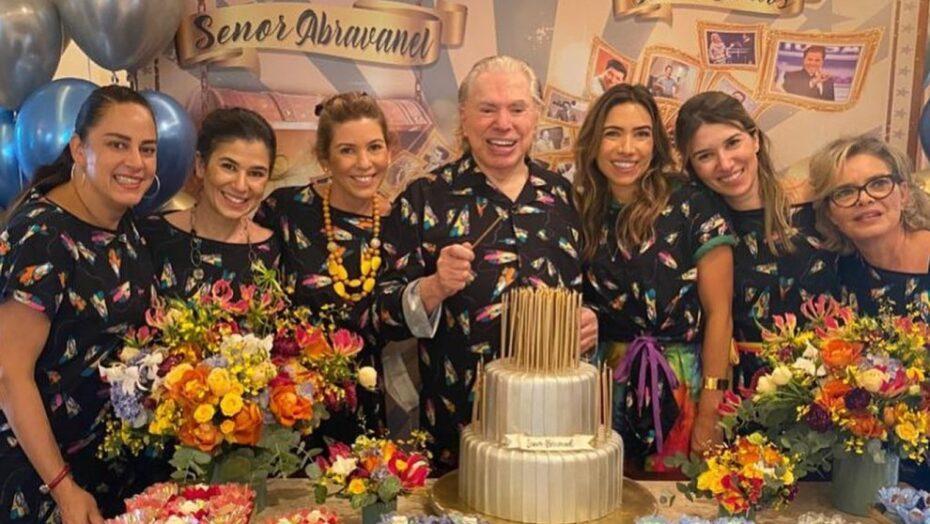 Ao lado das filhas, silvio santos ganha festa do pijama para comemorar seus 90 anos