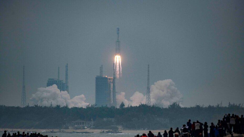 Novo foguete chinês longa marcha 8 faz voo inaugural
