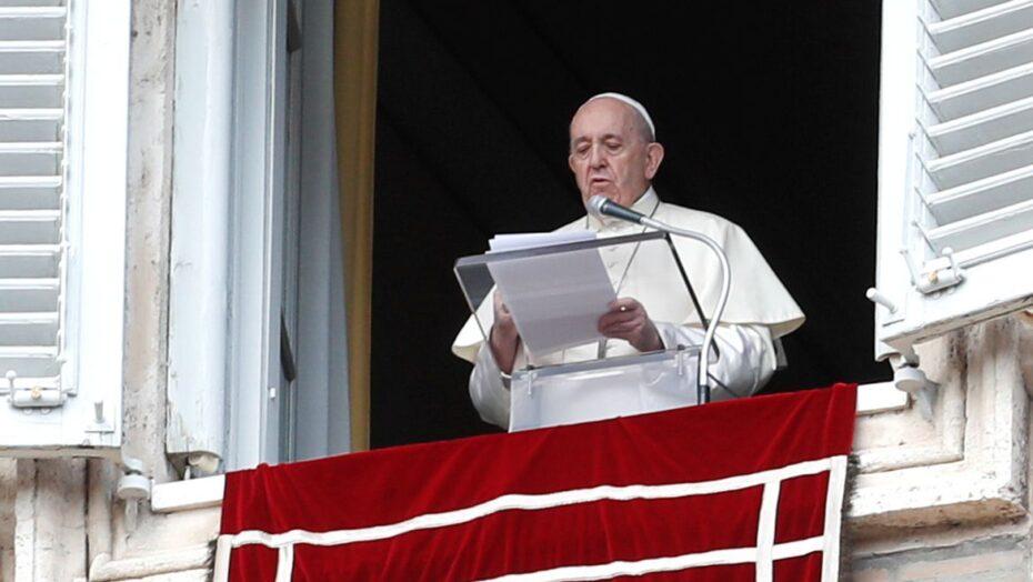 Papa francisco promete visitar líbano e sudão do sul em mensagem de natal