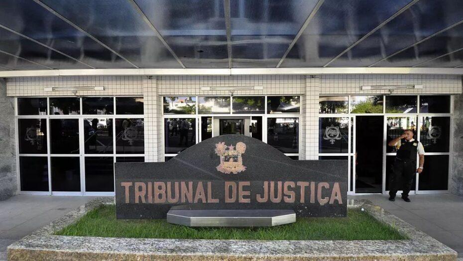 Sinal fechado: justiça condena nove pessoas por fraudes no detran