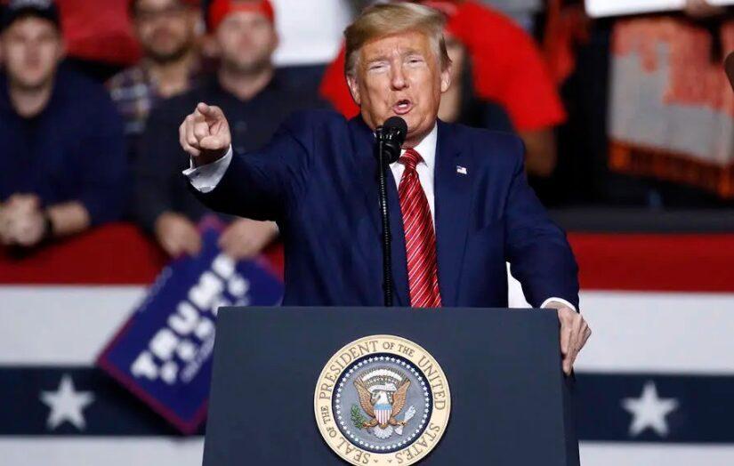 Trump aproveita últimas semanas de governo para garantir ganhos políticos e pessoais