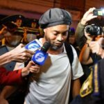 Ronaldinho gaúcho participa do clipe de 'rolê aleatório' do grupo recayd mob