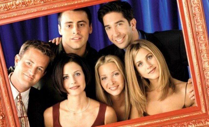 Lisa kudrow revela que gravou cenas para o especial de 'friends'