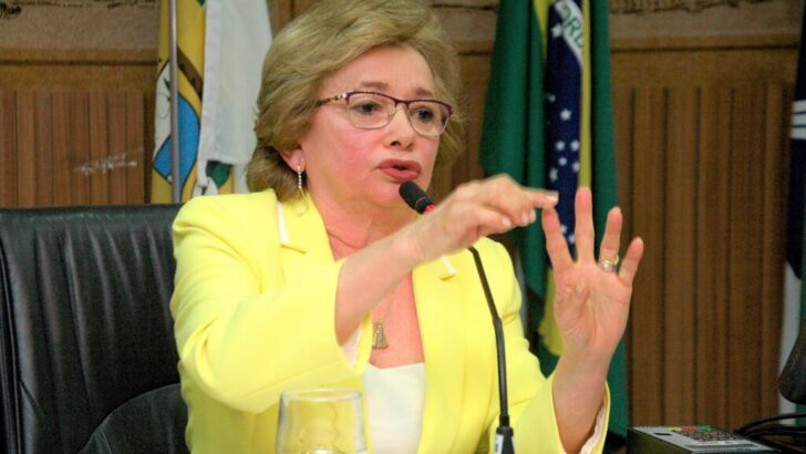 Demitida em natal, secretária é cotada em parnamirim, mas prefeito nega convite