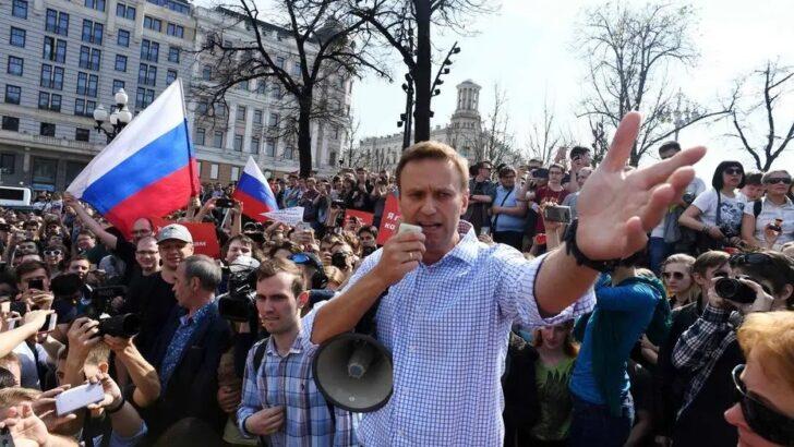 Rússia multiplica prisões de opositores antes de manifestações para libertar navalni