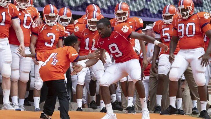 Em 'safety', jogador de futebol americano dedica-se ao esporte e ao irmão