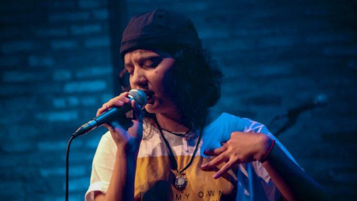 Cantora juliana gomes faz campanha para lançar novo ep