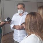 """Prefeito Álvaro dias aproveita que é médico e será 1º a tomar vacina em natal: """"vou dar o exemplo"""""""