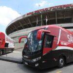 Ônibus do são paulo é atacado com pedras antes de jogo pelo campeonato brasileiro