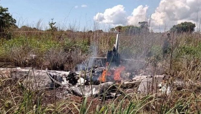Avião com jogadores e presidente do palmas futebol cai no tocantins; há mortos
