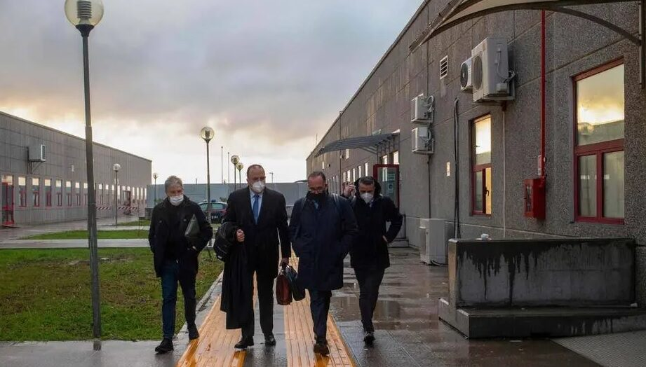 Itália inicia julgamento de 350 mafiosos, o maior em 30 anos