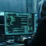 Hackers roubam dados de vacinas, manipulam e publicam na dark web