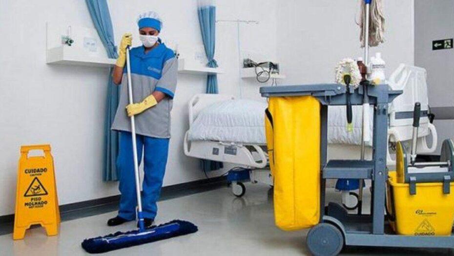 Sindicatos pedem que profissionais de limpeza e segurança privada sejam incluídos como prioritários para vacinação