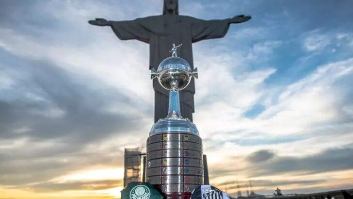 Taça da libertadores 'visita' o cristo redentor antes da final no maracanã