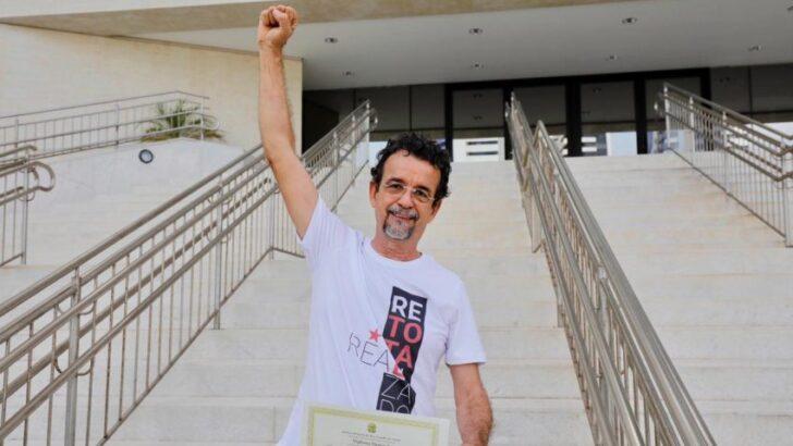 """Fernando mineiro diz que vai votar contra """"candidato de bolsonaro"""" na câmara"""