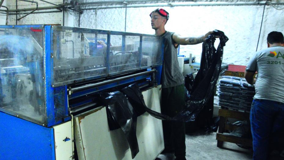 Indústrias de embalagens plásticas temem alto custo de matéria-prima no rn