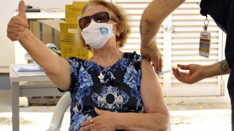 Em israel, resultados da vacinação apontam caminho para sair da pandemia