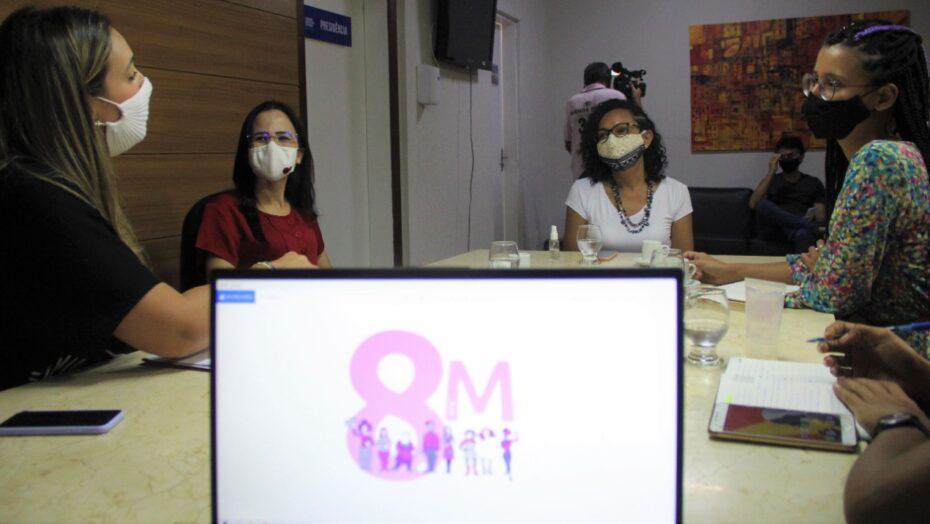 Bancada feminina da cmn planeja ações para o dia internacional das mulheres