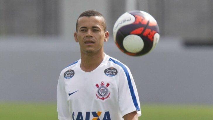 Corinthians é processado por atacante que custou r$ 4 milhões e nunca jogou