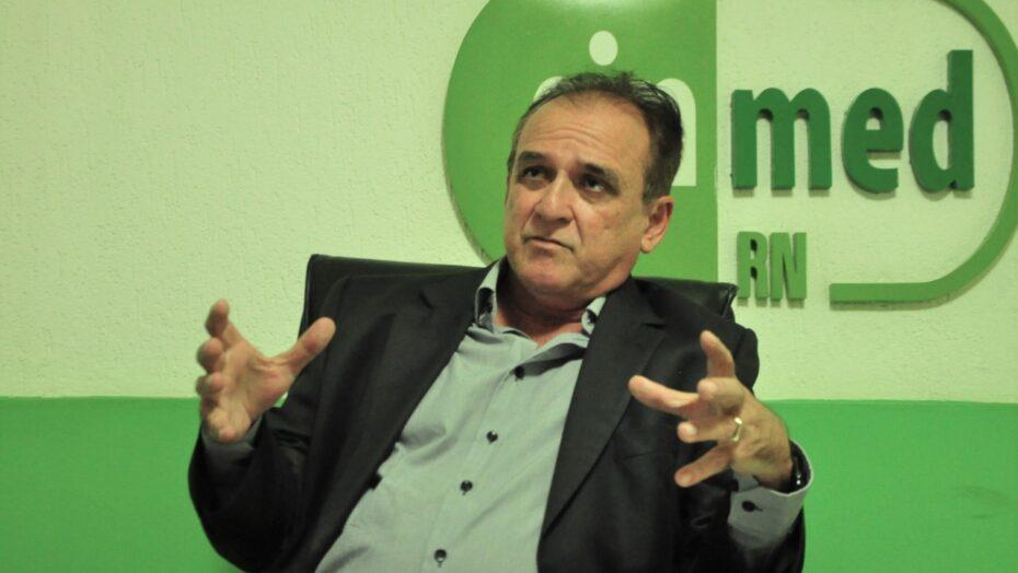 Ocupação subiu porque leitos foram fechados, diz presidente do sinmed