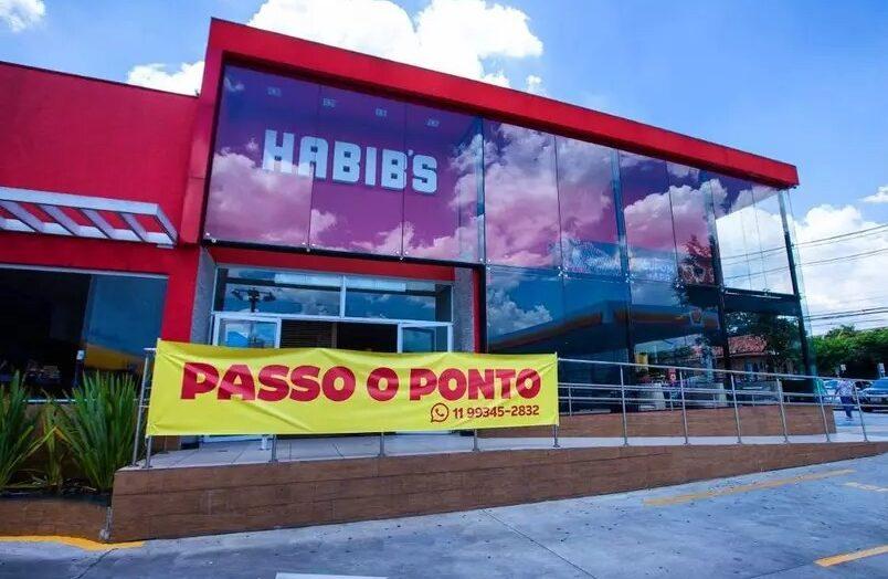 Habib's põe faixas de 'passo o ponto' e clientes questionam se lojas vão fechar