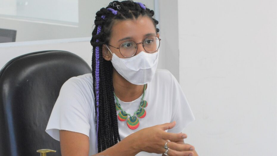 Vereadora brisa defende cidade mais inclusiva para jovens, mulheres e quem pega ônibus