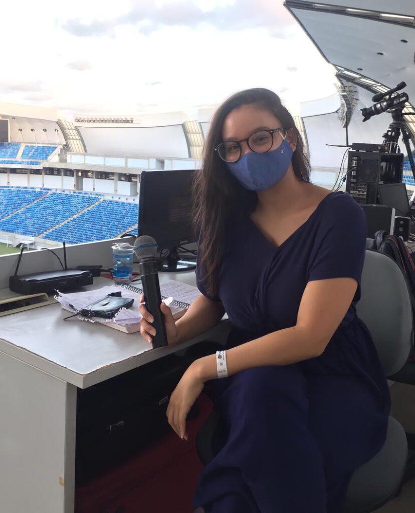 A primeira mulher a narrar uma partida de futebol no rn quer abrir caminhos para outras no jornalismo esportivo