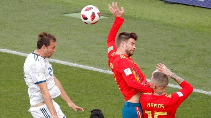 Órgão que regula o futebol altera regra sobre mão na bola