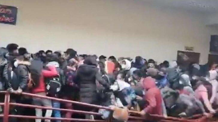 Sete estudantes morrem após grade de proteção ceder em universidade na bolívia; veja vÍdeo