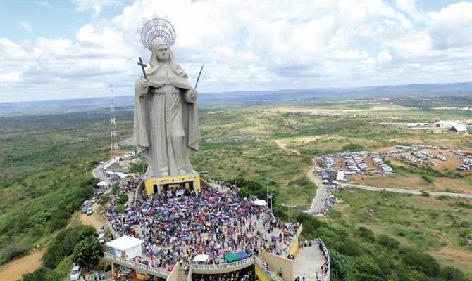 Ministro garante recursos para concluir teleférico de santa cruz, no interior do rn