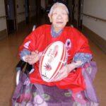 Após viver duas pandemias, mulher mais velha do mundo carregará tocha olímpica