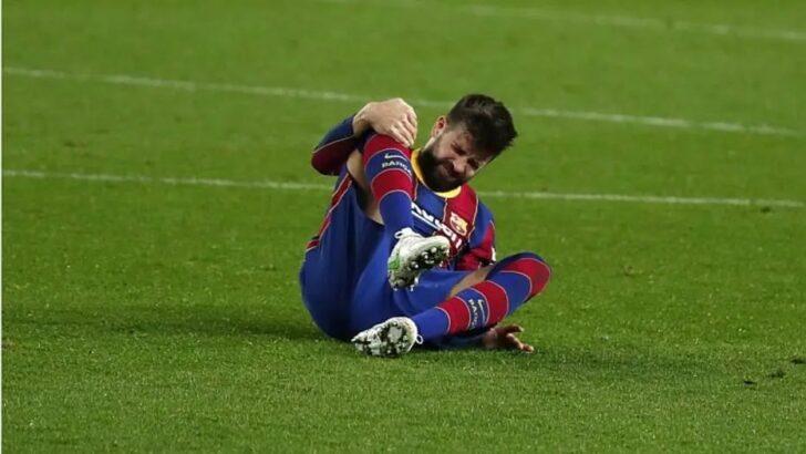 Piqué sofre nova lesão e vira baixa do barcelona contra o psg na liga dos campeões