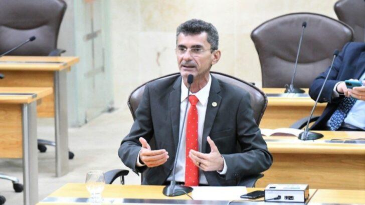 Novo decreto de fátima com toque de recolher às 20h é para evitar colapso na saúde, opina deputado