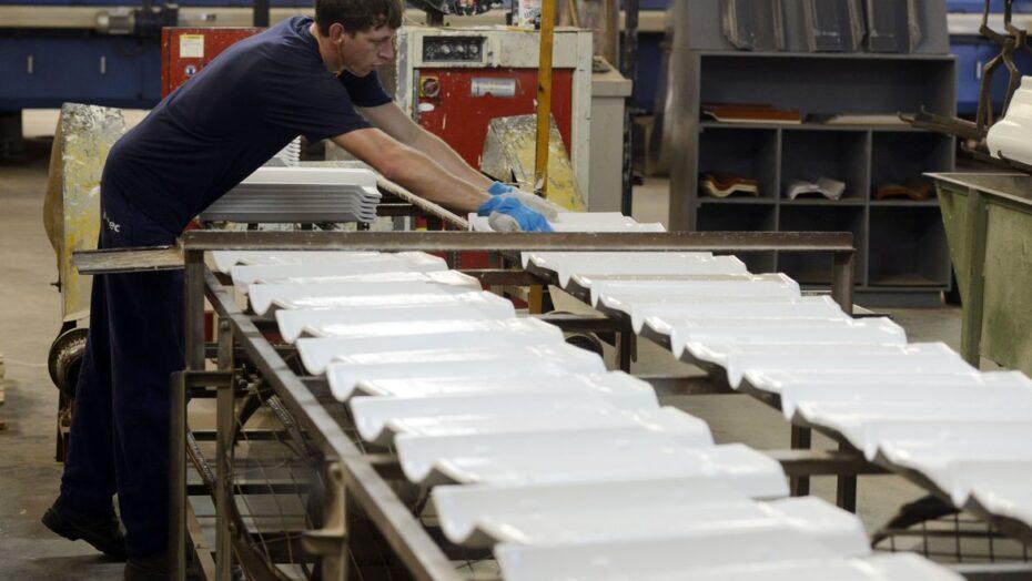Indicadores de emprego apresentam piora em fevereiro