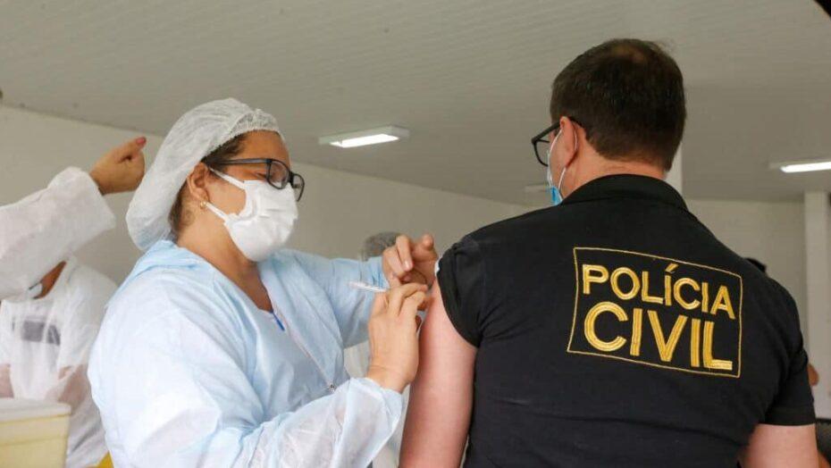 Agentes da segurança pública entram no grupo prioritário da primeira fase de vacinação contra a covid-19